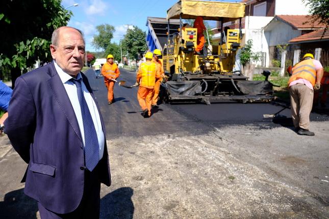 Fotos MGP - Obras en los barrios - Asfalto en San Matrtin 1