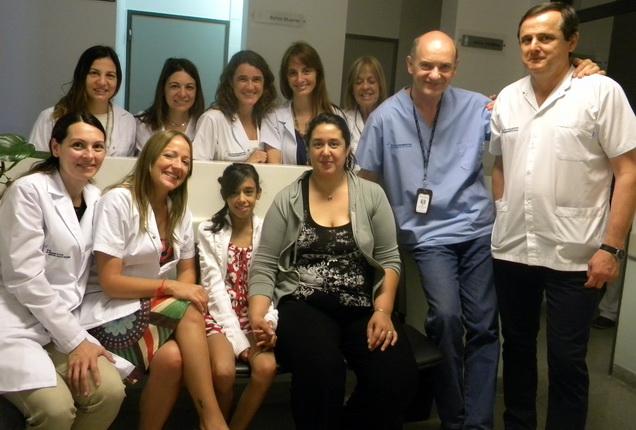 Aldana y equipo de autotrasplante renal