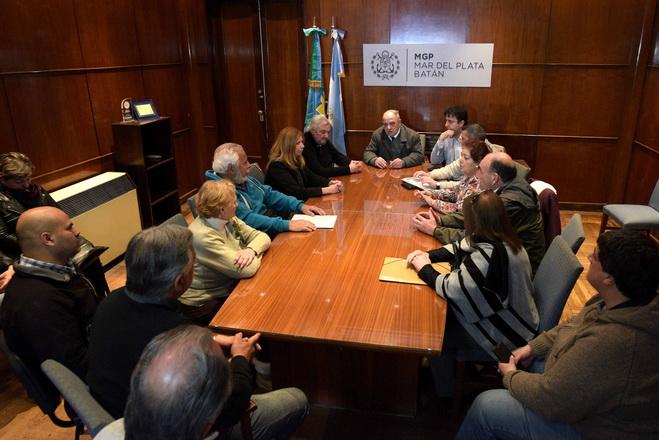 Arroyo con vecinalistas