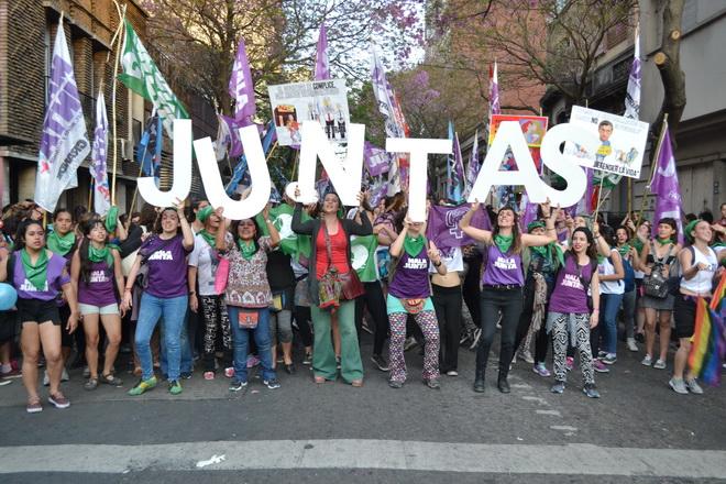 Juntas (1)
