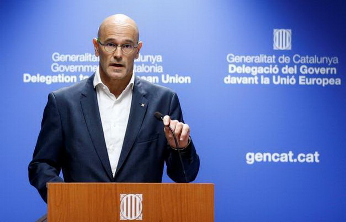Catalan Foreign Affairs chief Raul Romeva holds a news conference in Brussels, Belgium October 18, 2017. REUTERS/Francois Lenoir