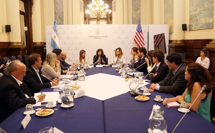 Argentina_-_EEUU_AICEGA