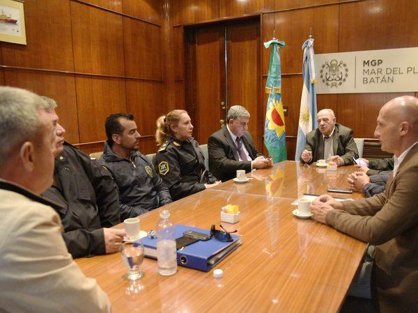 Arroyo junto a las fuerzas de seguridad