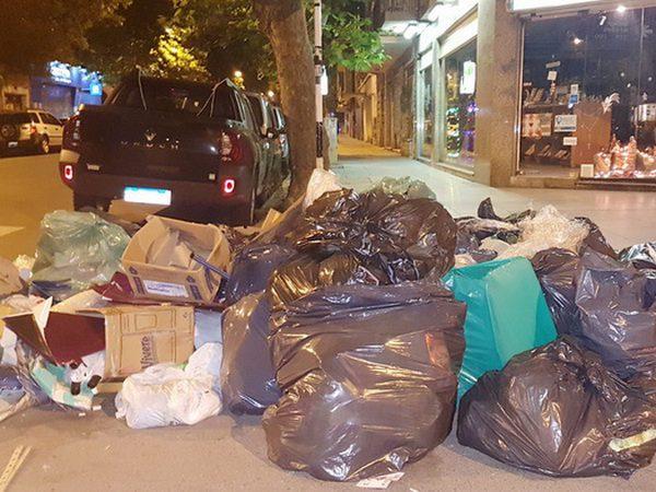 b2dcf98f7a4e El Ministerio de Trabajo dictó la Conciliación Obligatoria en el caso de la  basura