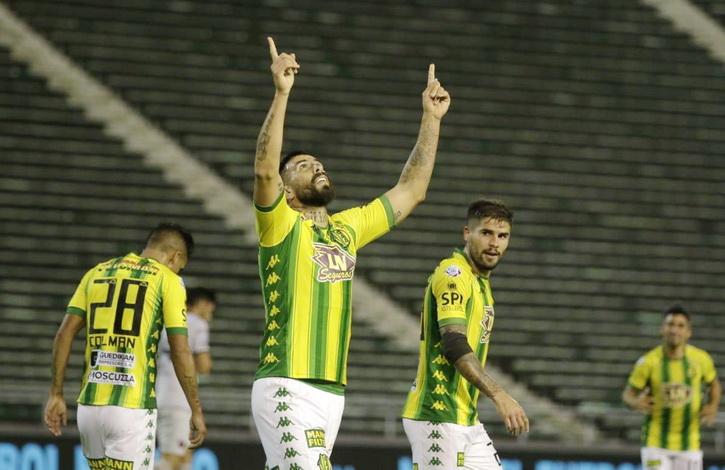 Aldosivi goleó a Colón y sueña con la Copa Sudamericana — Superliga